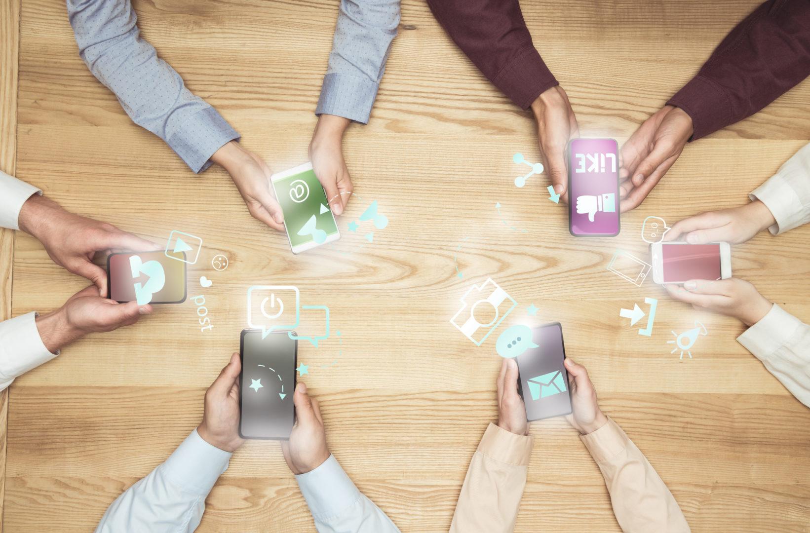 Facebook anuncia integração entre redes sociais