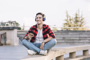 13 Podcasts em português sobre Marketing Digital